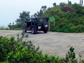 vietnamjeeps-Monkey Mountain Explorer